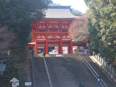 近江神宮の赤門